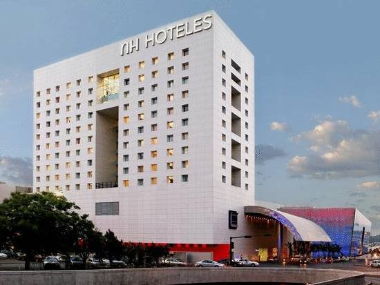 Hotel L Urbania De Trois Rivi E B As